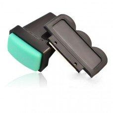 Зеленый скрапер и силиконовый штамп для стемпинга